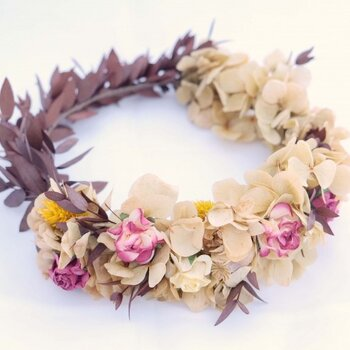 Floral hair accessories to make you that every bit an angelic bride in 2016