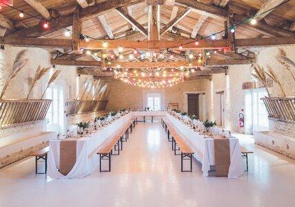 Mobiliario para tu boda: Cómo lograr la combinación perfecta con el lugar de celebración