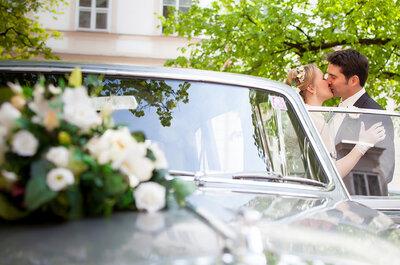Hochzeitswagen: Hochzeitskutsche, Oldtimer oder Limousine?