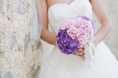 Novias con bouquets lilas en las tendencias 2013