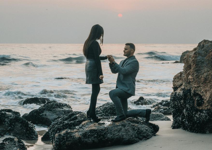 10 cosas que toda mujer piensa cuando le dan el anillo de compromiso