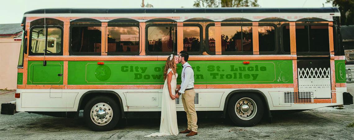 ¿Cómo elegir el transporte para los invitados de mi matrimonio?