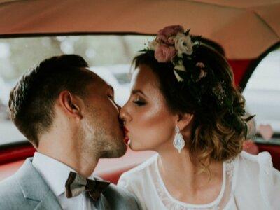 P.P. Paulina i Piotr oraz ich wyjątkowy ślub i niezwykła sesja wśród wiatraków. Zobacz!