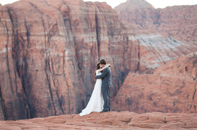 Real Wedding - A breathtaking wedding with a stunning location, nature at its best