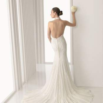 Robe de mariée sirène avec dos nu Rosa Clará 2012.