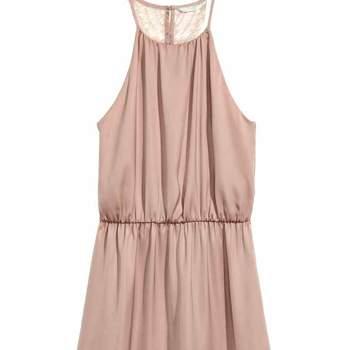 Vestido com costas em renda da H&M (11,99€)
