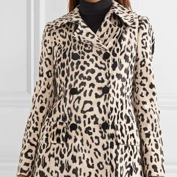 Casaco de pele falsa com estampado de Leopardo da Dolce & Gabanna via Net-a-Porter