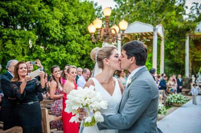 Marcela & Flavio: casamento charmoso ao ar livre em Tiradentes