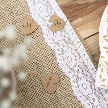 Camino De Mesa De Yute y Encaje Blanco- Compra en The Wedding Shop