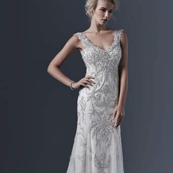 """Exquisite Perlenstickerei auf edlem Tüll-Stoff, der figurbetont und mit V-Ausschnitt ein wunderbares Brautkleid ergibt. Kristallene Knöpfe und ein Reißverschluss veredlen das besondere Design.   <a href=""""http://www.sotteroandmidgley.com/dress.aspx?style=5SW632"""" target=""""_blank"""">Sottero &amp; Midgley</a>"""