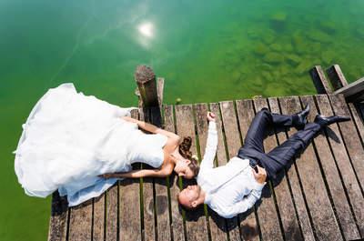 Hochzeit mit hauseigenem Flugplatz – So romantisch sind Corina & Lars am Hochzeitstag abgehoben!
