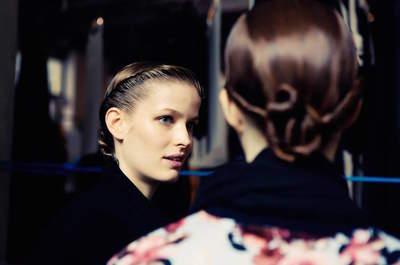 9 segredos de beleza que deixarão sua make e penteado incríveis em 2015