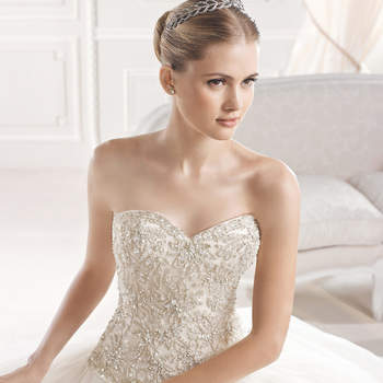 cd8aed6479c La Sposa Wedding Dress Collection Spring 2015