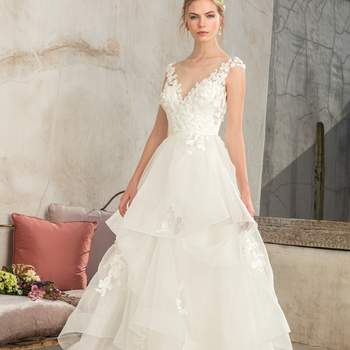 Style 2302 Luna. Credits- Casablanca Bridal.