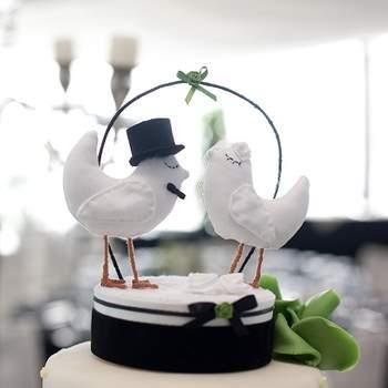 Tauben als Cake-Topper