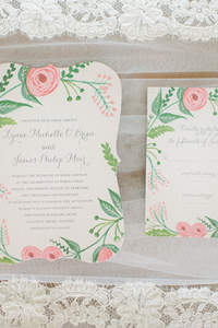 ¿Qué escribir y poner en las invitaciones de boda?