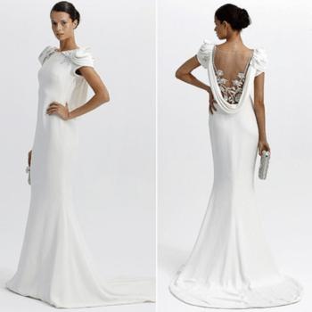 Jeu sensuel sur le dos pour cette robe sirène Marchesa 2012
