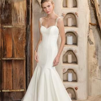 Style 2300 Maya. Credits- Casablanca Bridal.