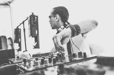 DJ Alexey Kharlamov