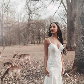 Pocahontas by Allure Bridals | Style: D265 | Créditos: Disney