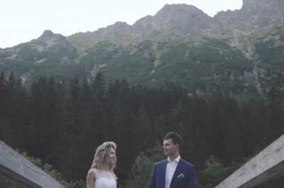 Zaklęci w swojej miłości wśród szczytów gór. Wspaniałe wideo!