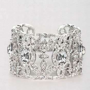 Bel bracciale di diamanti. Con un gioiello così,il resto dei gioielli devono essere sobri