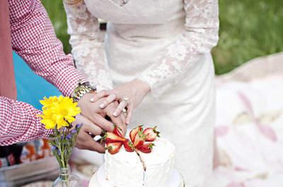 Ideias geniais para copiar: um grande picnic para um casamento, chá de panela ou noivado rústico-chic