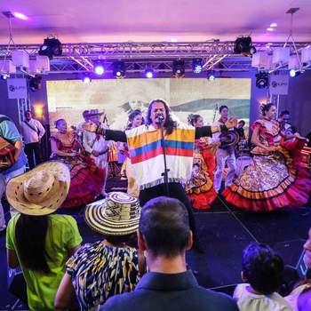 Foto: Santa Maria  Colombian Folklore & Rock