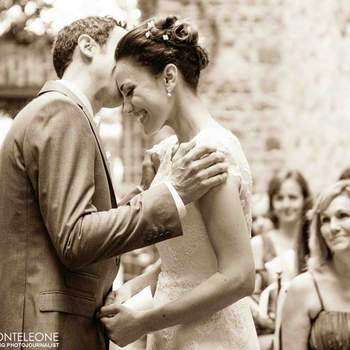 <img height='0' width='0' alt='' src='https://www.zankyou.it/f/girolamo-monteleone-photographer-6579' /> Clicca sulla foto per maggiori informazioni su Girolamo Monteleone Wedding Photojournalist</a>