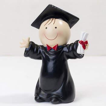Figura para tarta chico graduación dibujo- Compra en The Wedding Shop