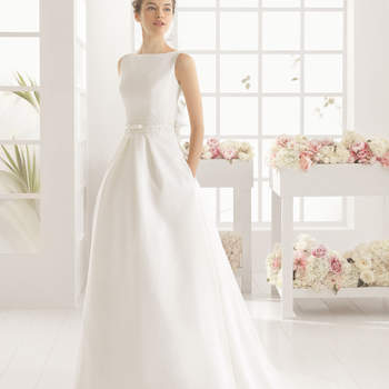 206227502eb Robes de mariée Aire Barcelona 2016   Une collection raffinée pleine ...