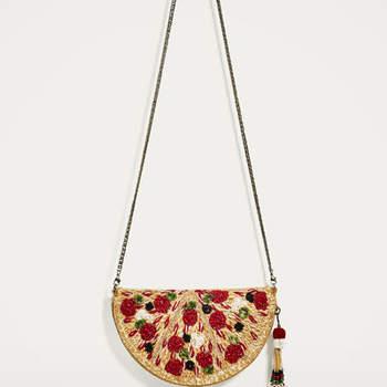 Bandolera pizza de Zara (19,99 euros)