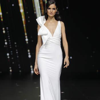 95ec3ee11 Vestidos de novia Pronovias 2020  ¡la colección más esperada ya está aquí!