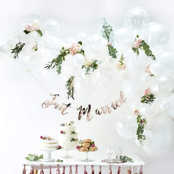Arco de globos blanco 70 unidades - The Wedding Shop