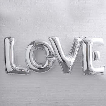 Globo letras LOVE plateadas- Compra en The Wedding Shop