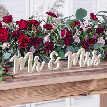 """Letras """"mr & mrs"""" brillo dorado- Compra en The Wedding Shop"""