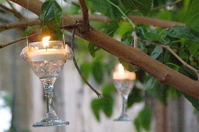 Ambientación DIY para tu boda con copas antiguas. Foto: Carmen Berbel