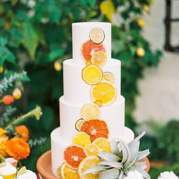 Inspiração para bolos de casamento modernos | Créditos: Olivia Richards Photography