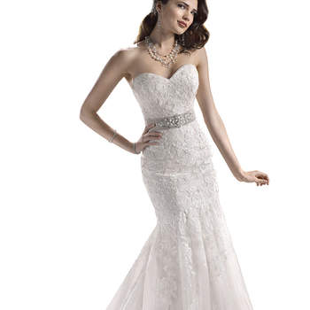 "<a href=""http://www.maggiesottero.com/dress.aspx?style=3MN731&amp;page=0&amp;pageSize=36&amp;keywordText=&amp;keywordType=All"" target=""_blank"">Maggie Sottero</a>"
