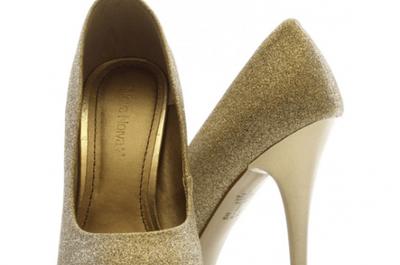 5 razões para optar por um vestido de noiva curto no seu casamento