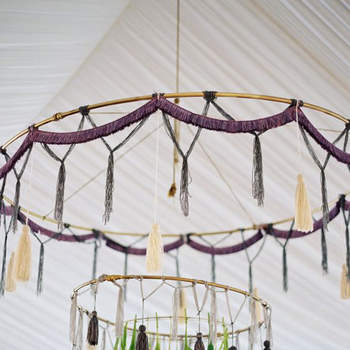 28 Boho-Chic Ideas for Your 2017 Wedding - Dazzle Your Guests With Comfort and Casual Structure