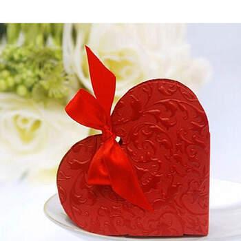 Foto: Caja corazón rojo