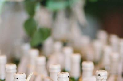 30 preciosos indicadores de mesa para los invitados de tu boda: Detalles únicos y personalizados