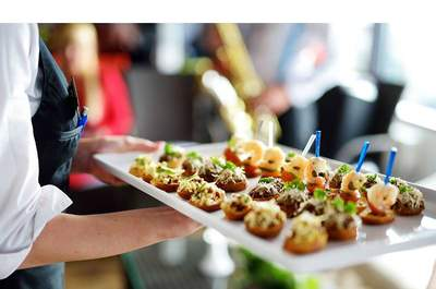 Caterer: Trupti Caterers.