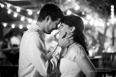 Casamento na praia de Bianca e Daniel: uma história de amor linda e uma festa inesquecível