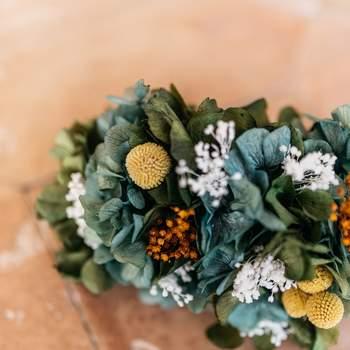 Hochzeitsfarbe Senfgelb. Credits: Paty Gargarin