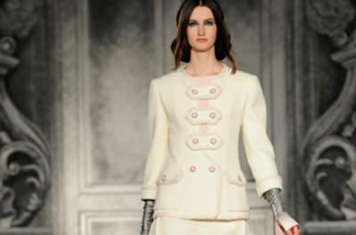 Herbstliche Mode für Hochzeitsgäste von Chanel