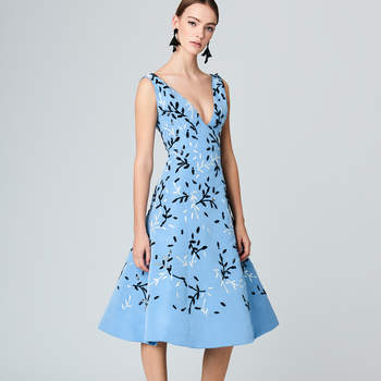 Vine embroidered silk-faille cocktail dress. Credits: Oscar de la Renta