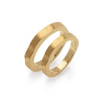 MATER jewellery tales - alianças em ouro. Preços entre os 900€ e os 1.000€