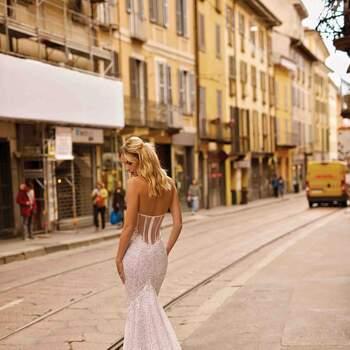 Foto: Berta Bridal  Style 20-05 Milano